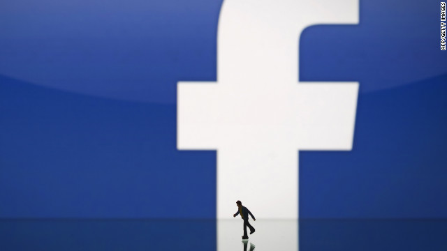 Facebook in Silicon Valley talent battle